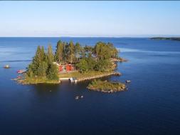 Screenshot_2019-10-02 Otok u Švedskoj na prodaju za 1,4 miliona dolara