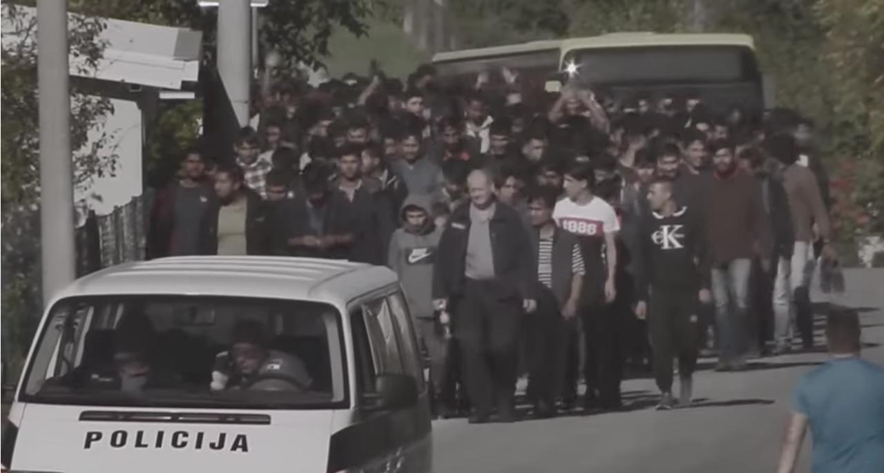Tužni snimci: Stotine migranata odvedeno u Vučjak, kamp od kojeg su svi digli ruke