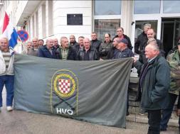 Screenshot_2019-12-08 Bivšim borcima HVO-a kazne od 700 i 800 KM zbog blokade Bijače