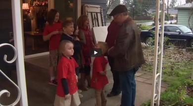 Screenshot_2019-12-31 Grandfather Express Oregon man buys bus to take his 10 grandchildren to school – YouTube