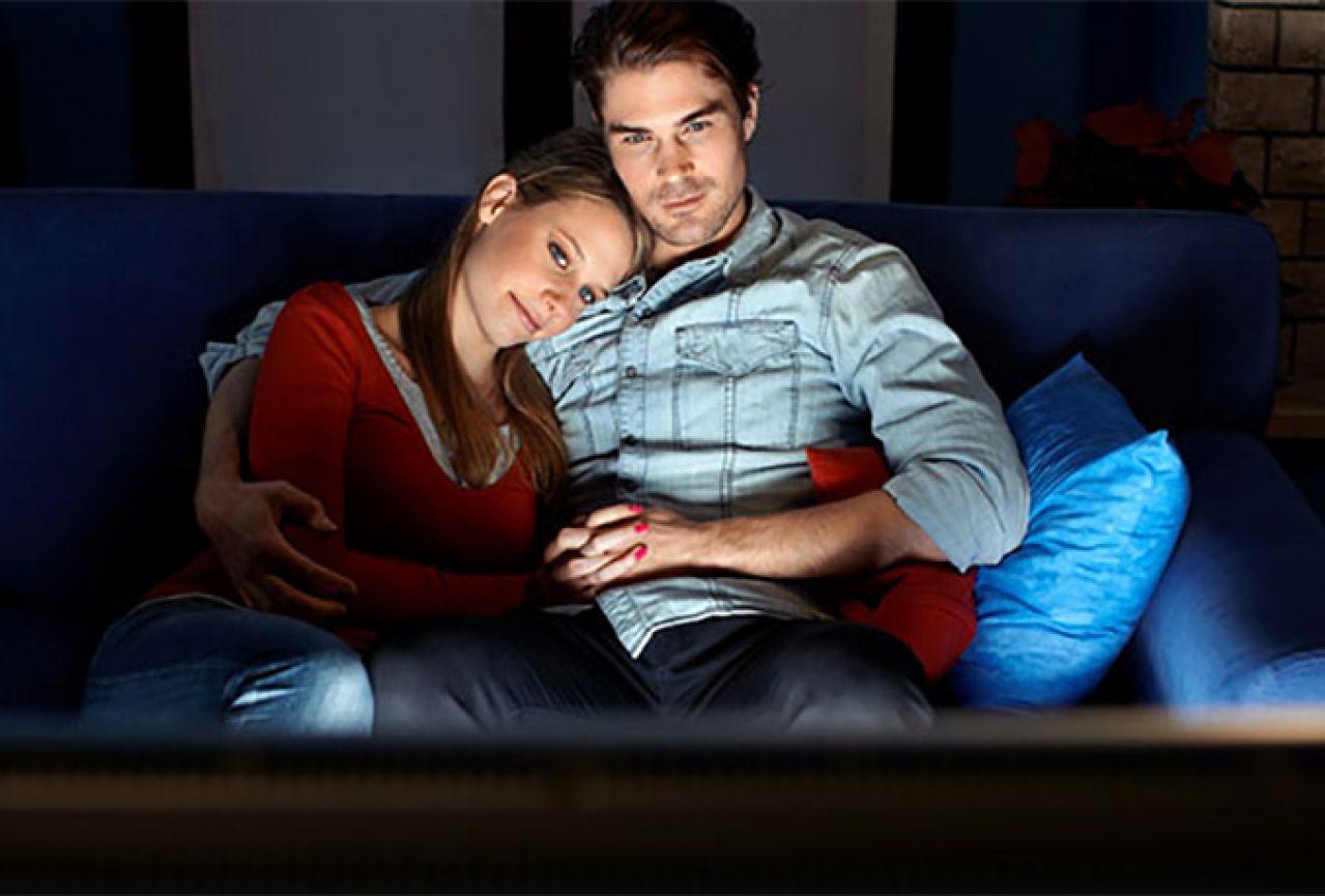 Gledanje romatičnih filmova s partnerom može spasiti vaš brak