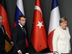 Merkel_Macron_Putin_AA