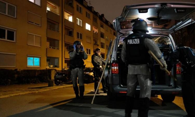 U Njemačkoj uhapšeno 12 osoba u istrazi o ekstremnoj desničarskoj organizaciji