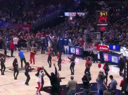 Screenshot_2020-02-06 ESPN on Twitter This fan at the Clippers game hit a half-court shot to win $10,000 💰 https t co tiM3[…]