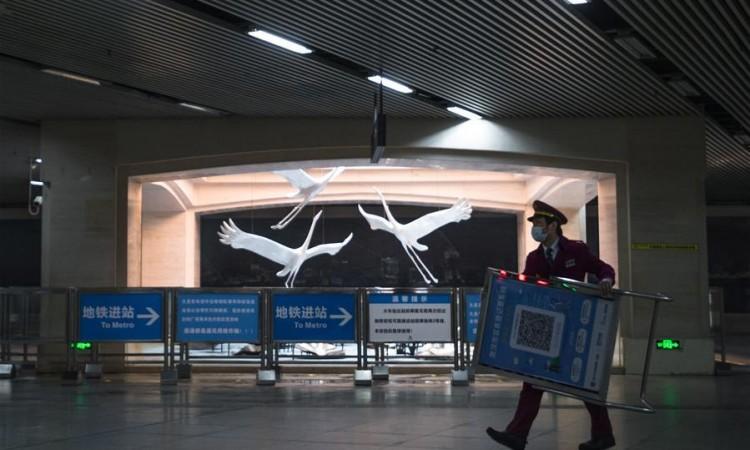 Hubei ukida sva putna ograničenja, osim za Wuhan