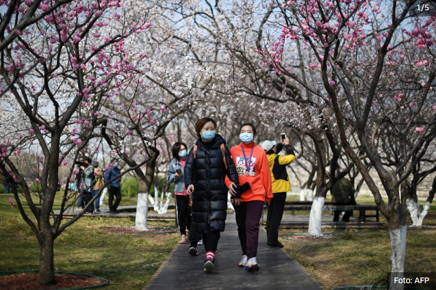 Život u Pekingu počinje izgledati barem malo normalnije, ljudi se vraćaju na ulice