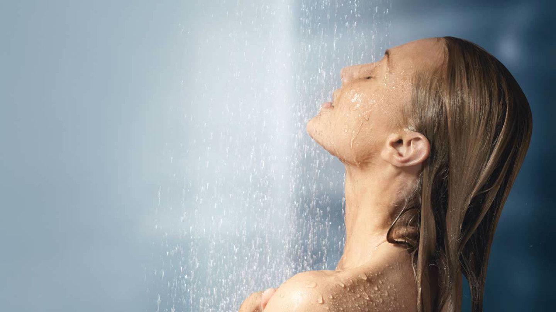 Stručnjaci odgovorili na pitanje da li oštećujemo kožu čestim tuširanjem