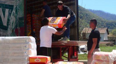 U toku akcija podjele brašna povratnicima u Srebrenici
