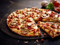pizza-chicken-hollandaise