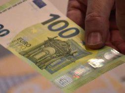 100-eura