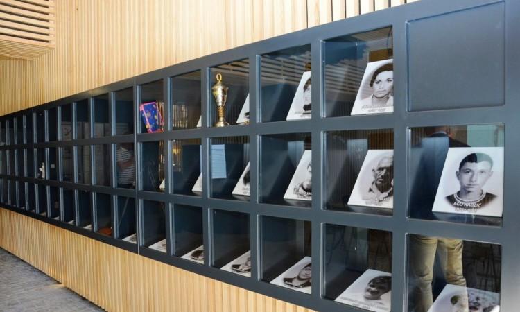 U Tuzli otvoren Memorijalni centar ¨Kapija¨