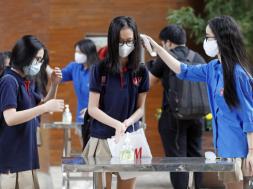 Screenshot_2020-05-04 Vijetnam Djeca krenula u školu uz maske, dezinfekciju i mjerenje temperature