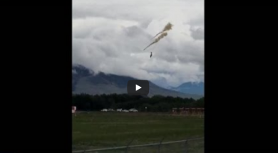Screenshot_2020-05-18 Snowbirds plane crashes in Kamloops
