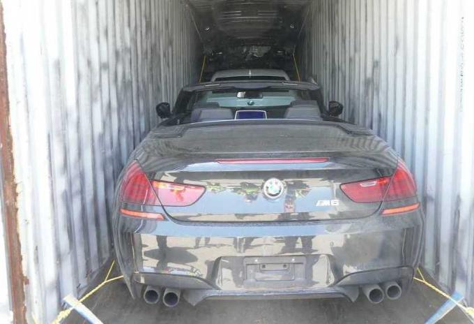 Kanadska i italijanska policija pronašle 40 ukradenih automobila u kontejnerima