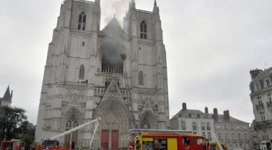 Screenshot_2020-07-19 Uhapšen izbjeglica iz Ruande osumnjičen za podmetanje požara u katedrali u Nantesu