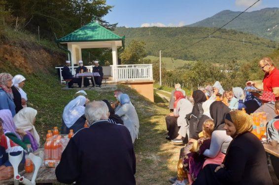 Obilježena 28. godišnjica zločina nad Bošnjacima u Čerkazovićima i Ljoljićima