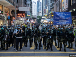 Screenshot_2020-09-07 Nasilno hapšenje djevojčice u Hong Kongu obišlo svijet, protesti dobili novi zamah