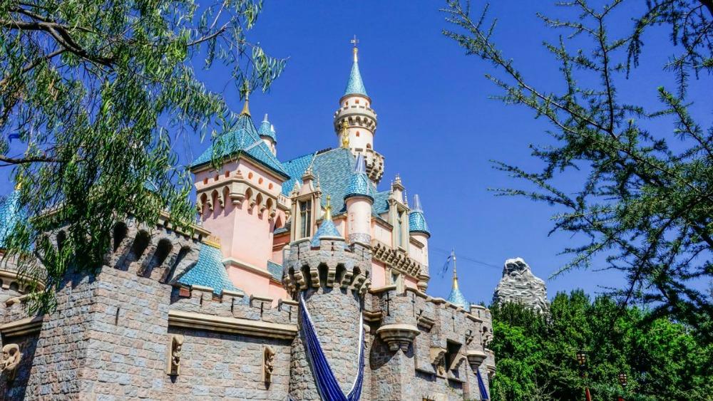 Disneyland će biti korišten kao centar za vakcinisanje protiv koronavirusa