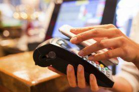 Novi trendovi u transferima novca putem kartica i mobilnih aplikacija