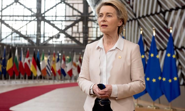 Von der Leyen: 100 miliona doza vakcina mjesečno u EU od aprila