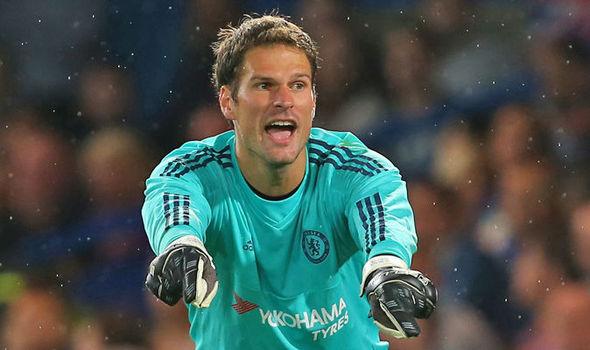 Begović se iznenada vraća na gol Chelseaja?