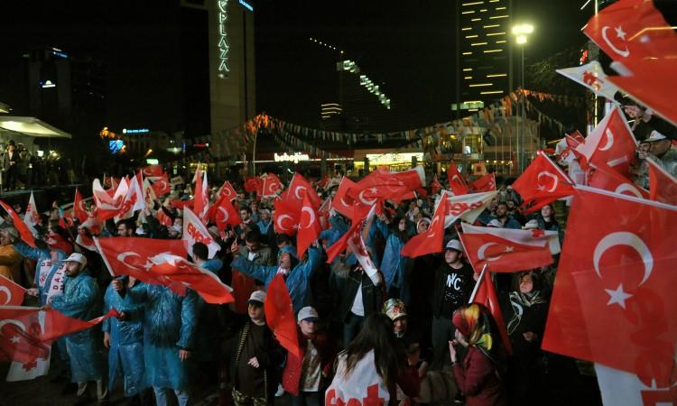Turci na referendumu izglasali ustavne promjene