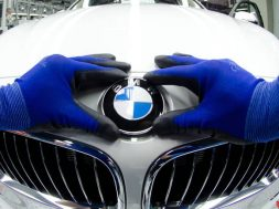 BMW profits fall despite solid gains in Asia