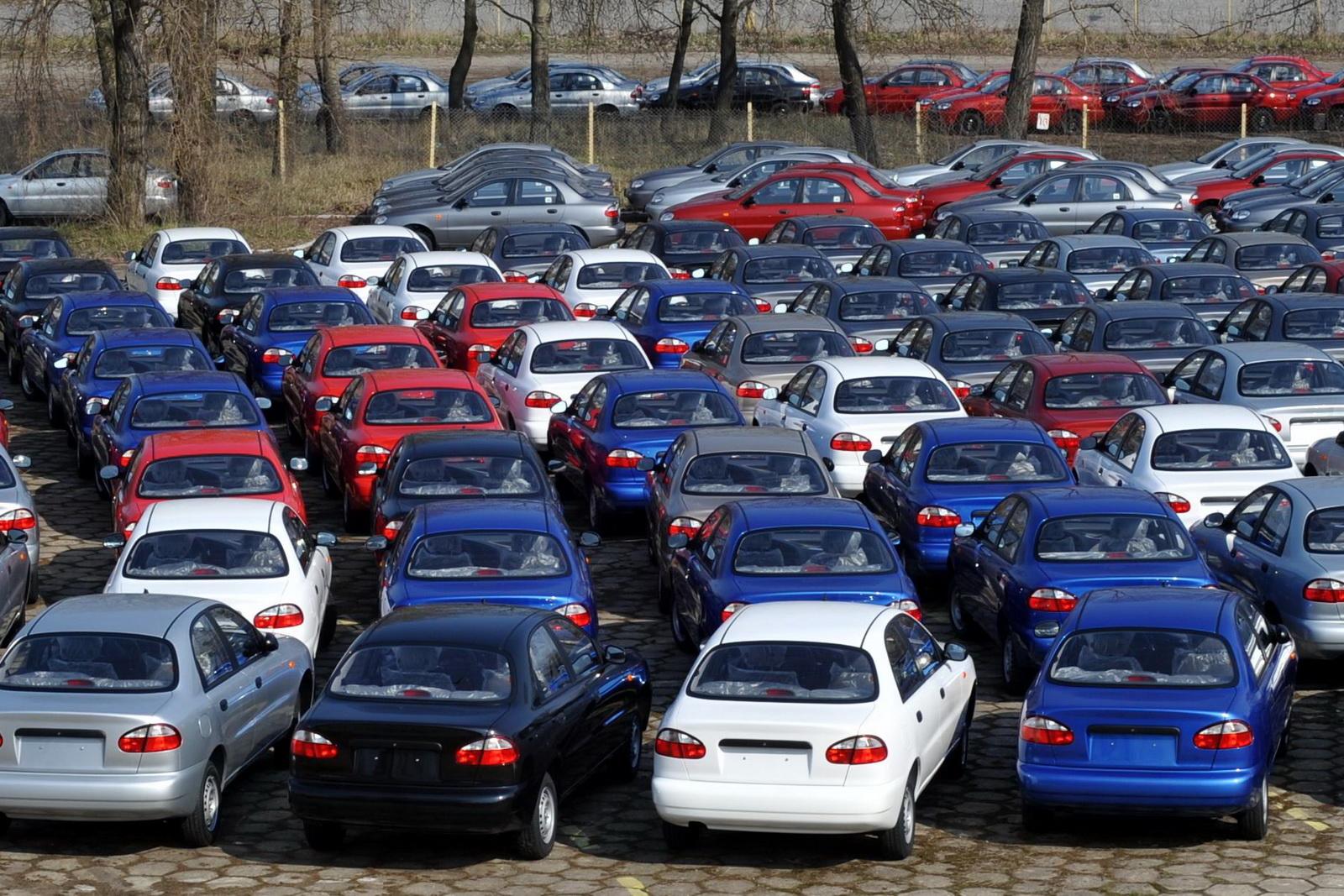 U BiH u 2020. uvezeno 30 hiljada polovnih vozila, upola manje u odnosu na godinu ranije