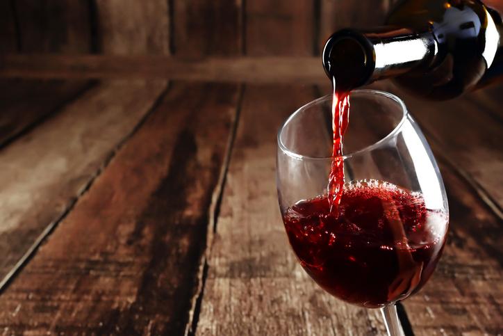 Naučna studija pokazala da ljudi s godinama imaju izraženiju percepciju aroma crnog vina