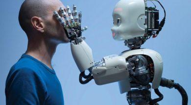robot-696×456