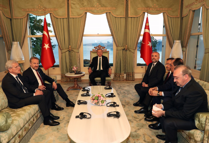 Erdogan u Istanbulu primio Džaferovića i Izetbegovića