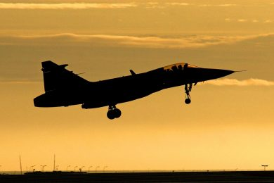fight plane avion borbeni