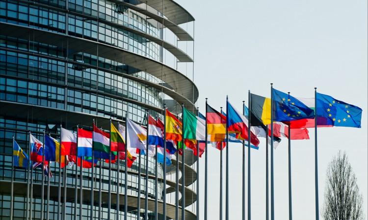 EU odobrila 300 miliona eura pomoći izbjeglicama u Jordanu i Libanonu