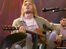 Screenshot_2020-06-21 Gitara na kojoj je svirao Kurt Cobain prodata za više od šest miliona dolara