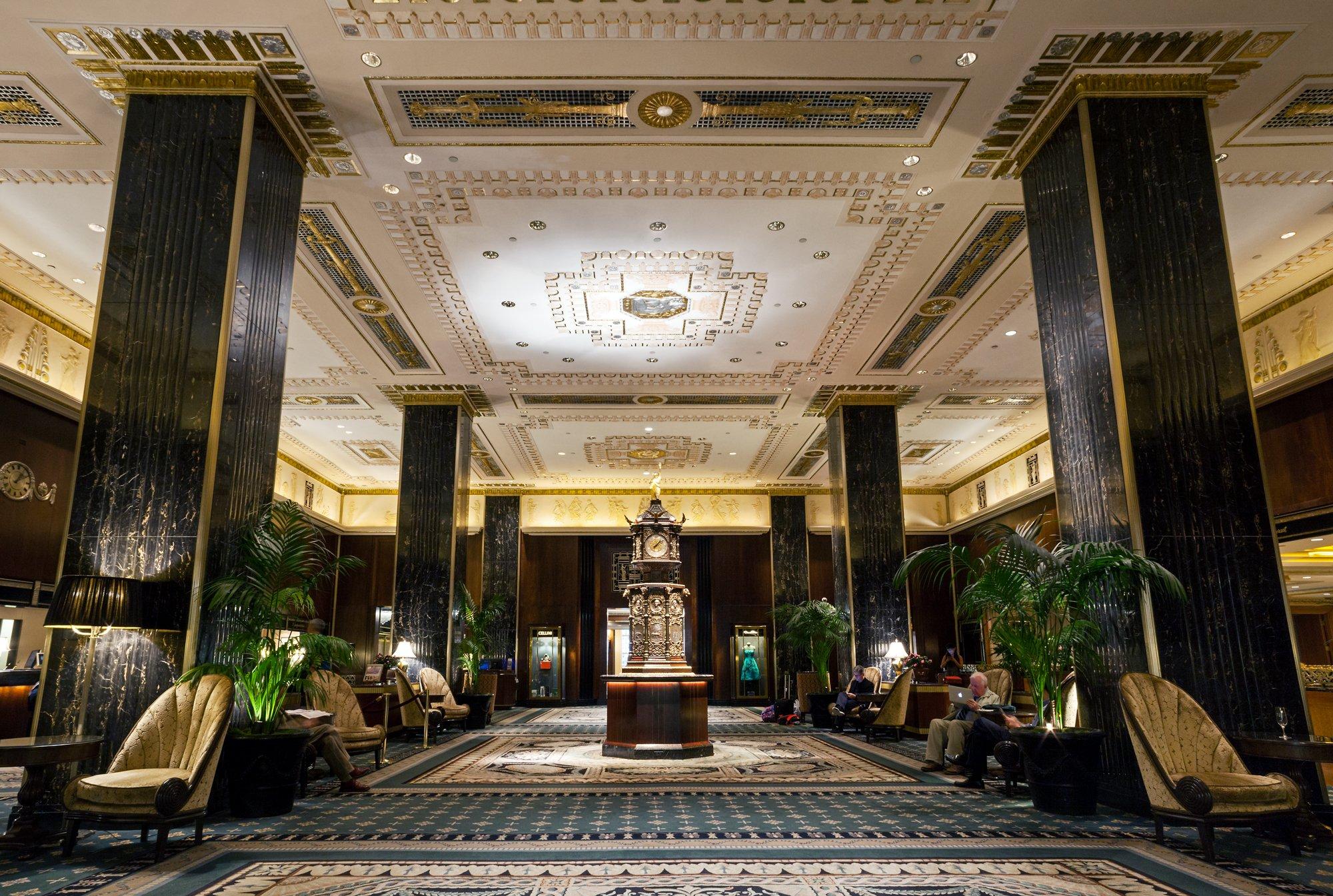 Čuveni hotel Waldorf Astoria iz New Yorka na aukciji nudi 80.000 predmeta