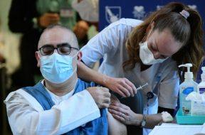 Izrael_koronavirus_vakcinacija_Xinhua