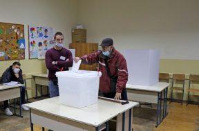 Otovrena birališta u Mostaru