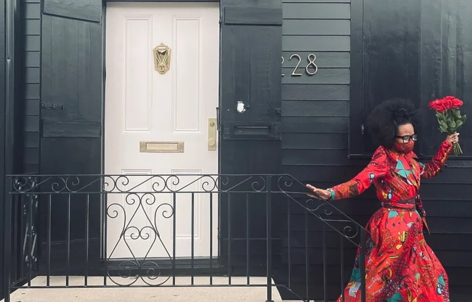 Amerikanka ofarbala cijelu kuću u crno kako bi odala počast mračnoj 2020. godini