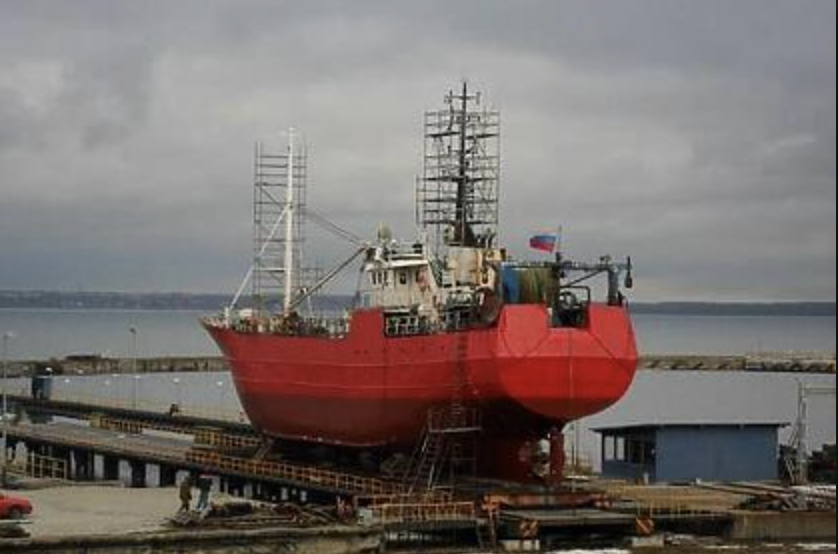 U Rusiji potonuo ribarski brod, nestalo 17 mornara