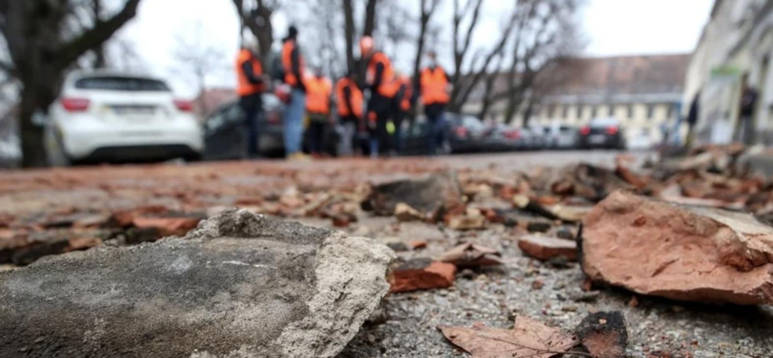 Hrvatska: Nastavljeno podrhtavanje tla, manji zemljotres tokom noći u Petrinji