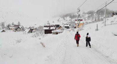 Probijeni putevi do bjelašničkih sela, osiguran pristup stazama