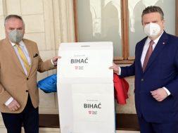 Tri tone humanitarne pomoći za migrante u Bihaću