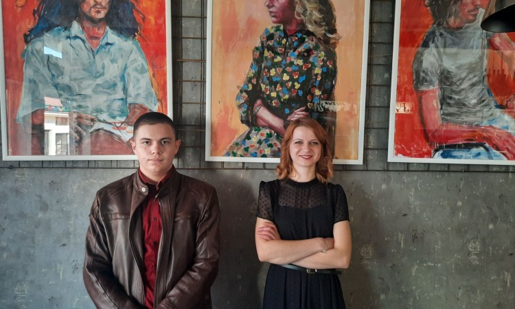 Prva samostalna izložba portreta mladog autora Benjamina Bilalovića