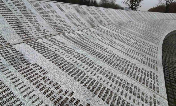 Do sada porodice dale saglasnost za ukop 14 žrtava genocida u Srebrenici