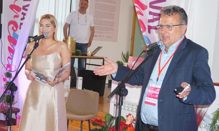 U Tuzli svečano otvoren 4. Festival savremene žene (VIDEO)