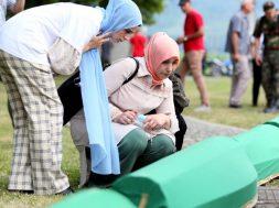 Porodice oko 1.000 žrtava genocida u Srebrenici još traže svoje najmilije