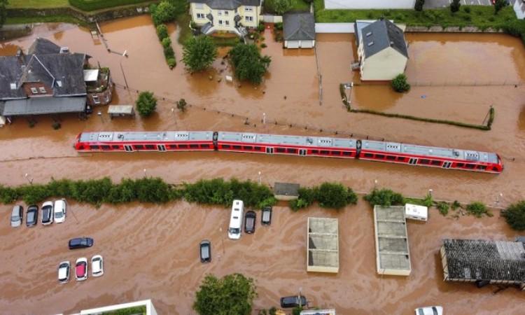 Hrvatske vode upozoravaju na moguće obilne oborine i poplave